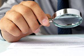 Análisis de firmas, testamentos, tintas... Detective privado