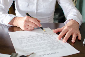 Bufete expertos en gestión de arrendamientos, defensa del consumidor, gestión de deudas